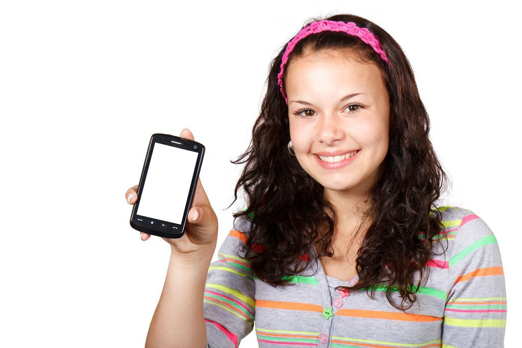 Screens and teens: 5 cell phone rules for teenagers